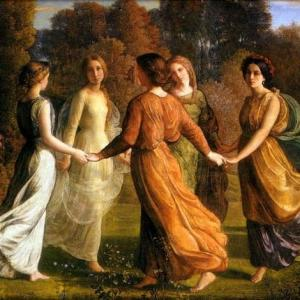 Femmes faisant ronde