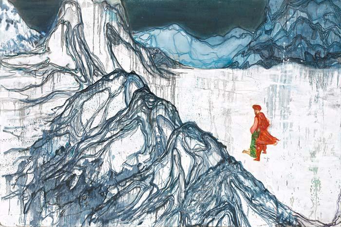 Homme dans montagne de glace
