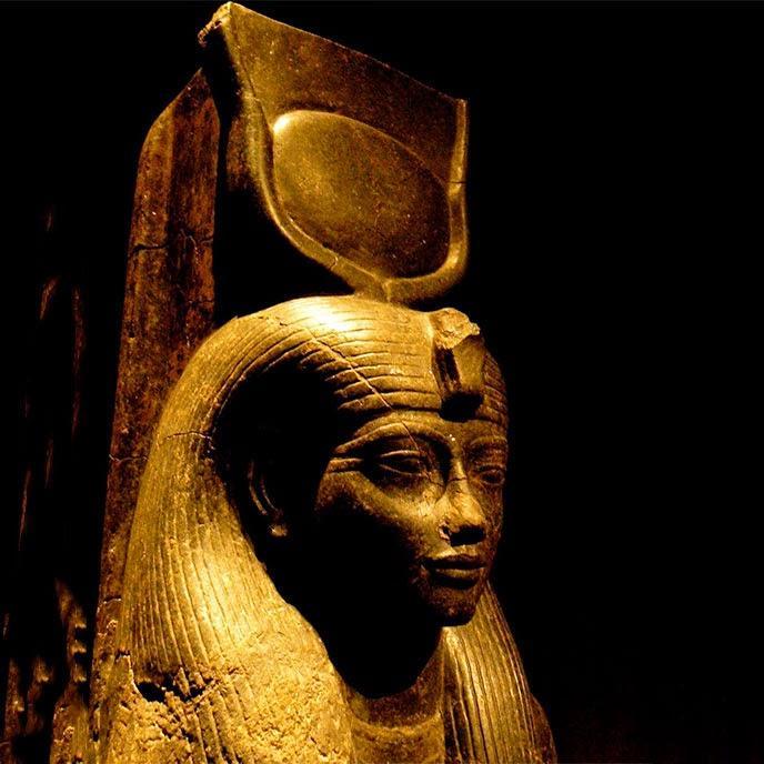 Isis-Sculpture tête