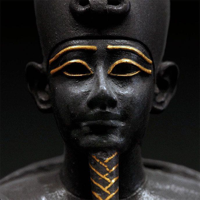 Osiris-Sculpture tête