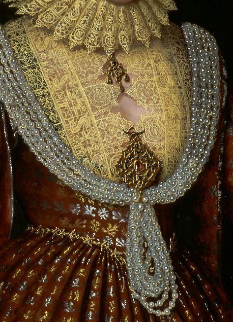 Robe d'or et d'argent
